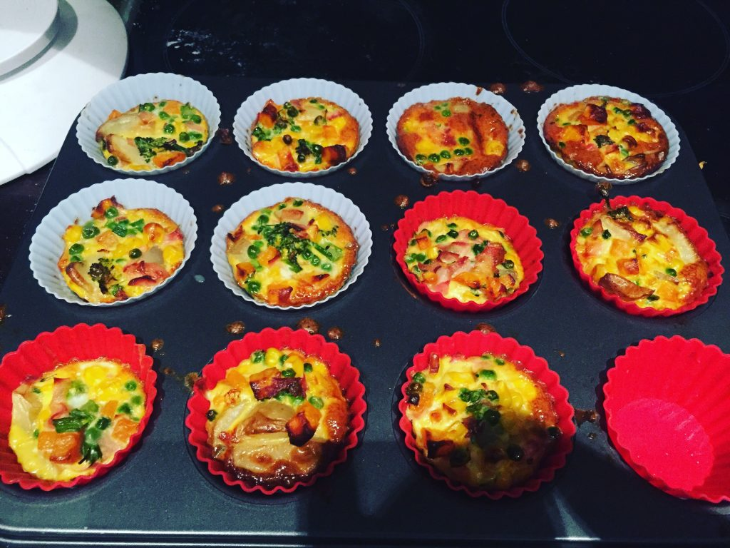 Syn Free Snacks Egg Muffins - filling source of protein and vitamins - full of veggies - Slimming World -  BadMammy.com